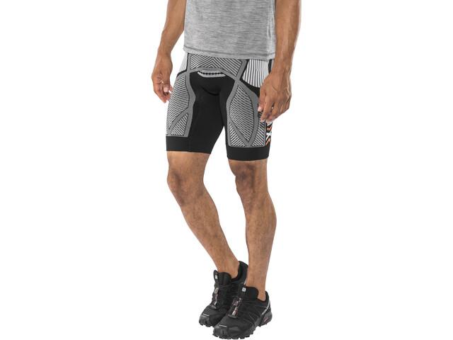 X-Bionic The Trick Løbeshorts Herrer hvid/sort | Trousers